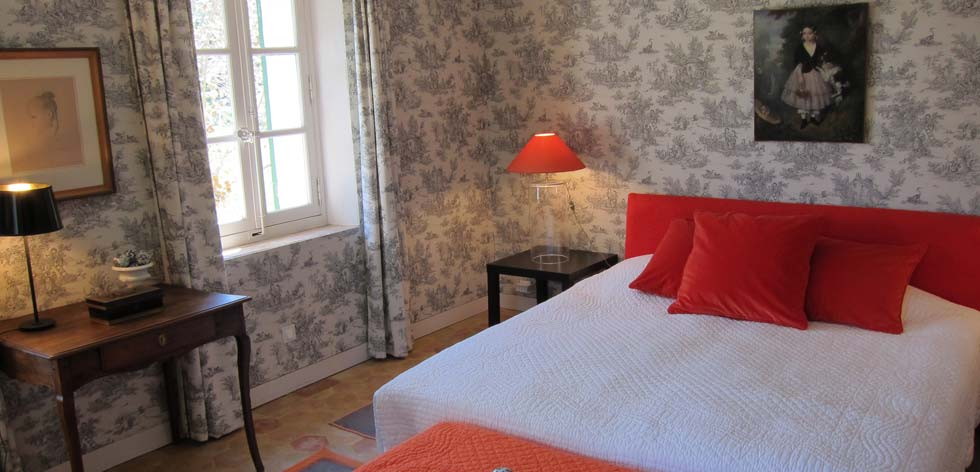 Villas to Rent in Provence - French Riviera Cote d'Azur Rentals - Master Bedroom
